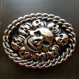 Skull belt buckle (brand new condition)